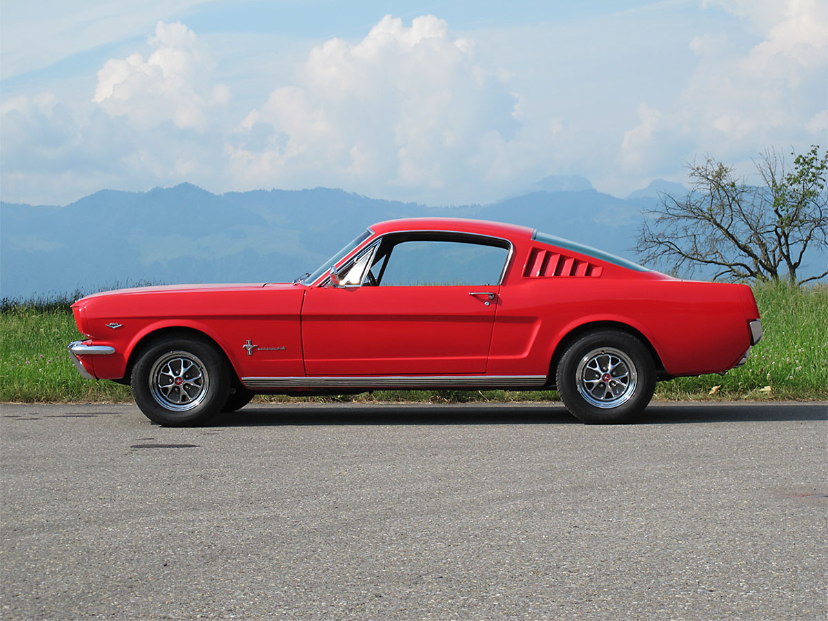 Ford Mustang Fastback V8 289 cui rot 1965