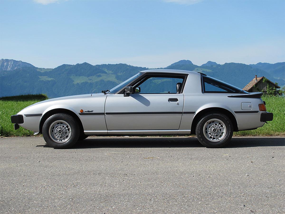 Mazda RX-7 Coupé silber 1979