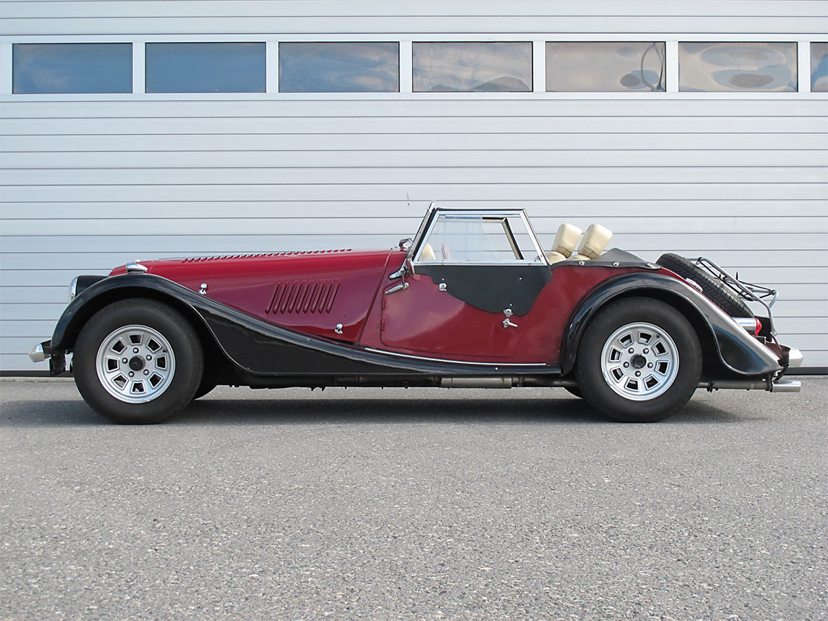 Morgan Plus 3.5 Roadster rot-schwarz 1982