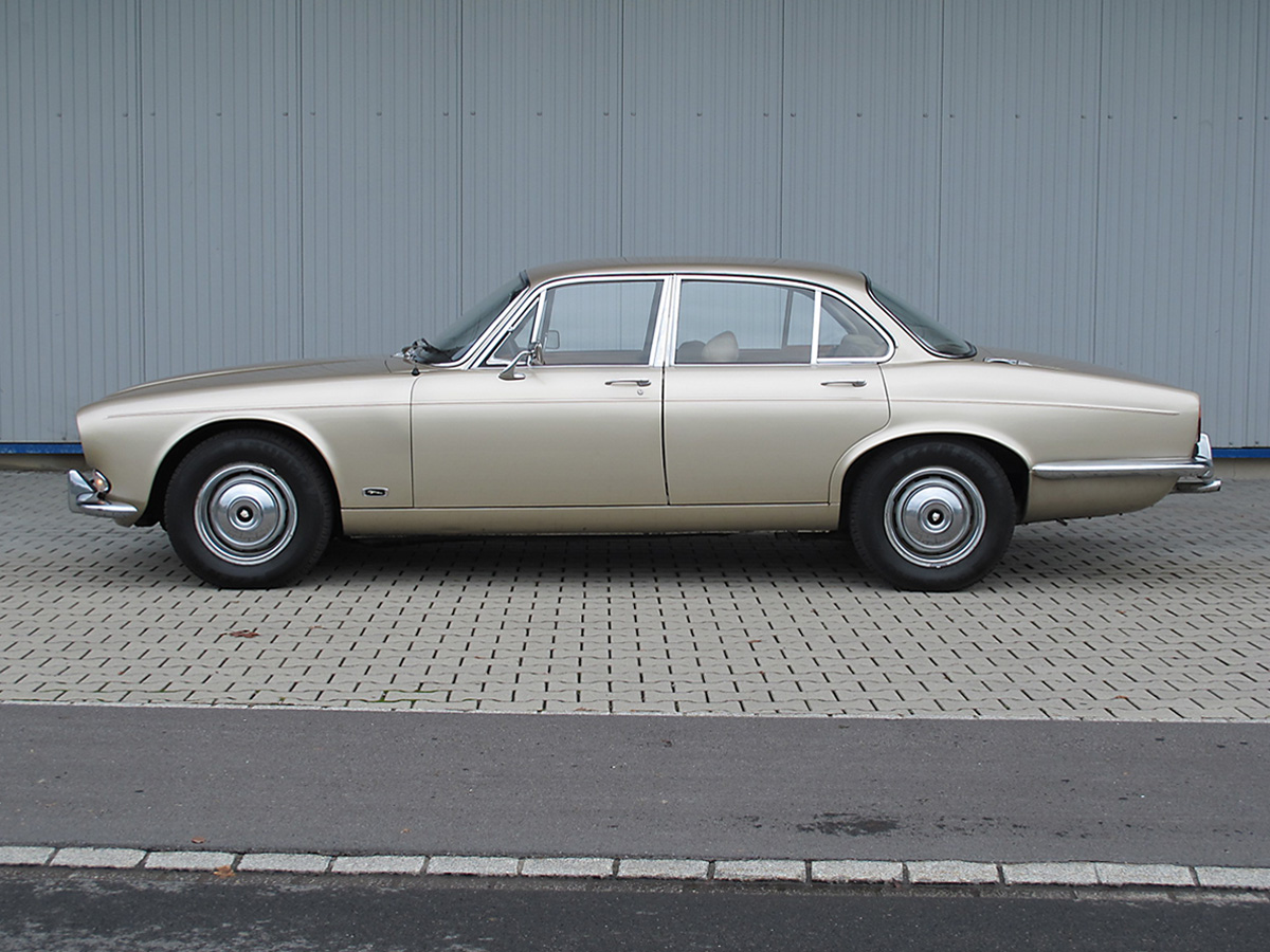 Jaguar XJ6 S1 2.8 Liter manual beige 1969