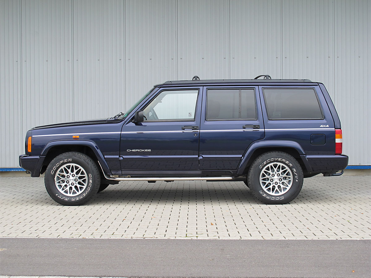 Jeep Cherokee 4-0 LTD violett 1998