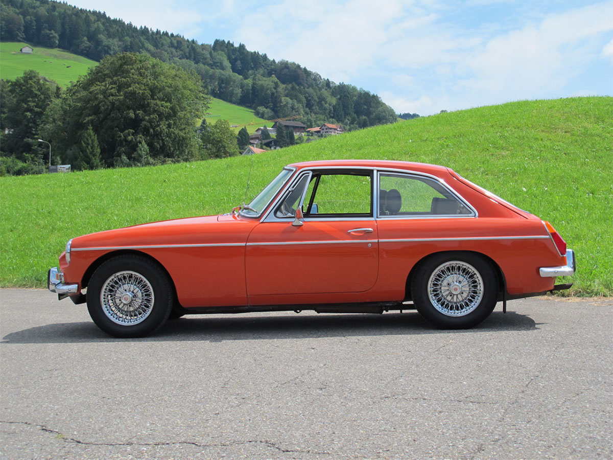 MG B GT Coupé orange 1974