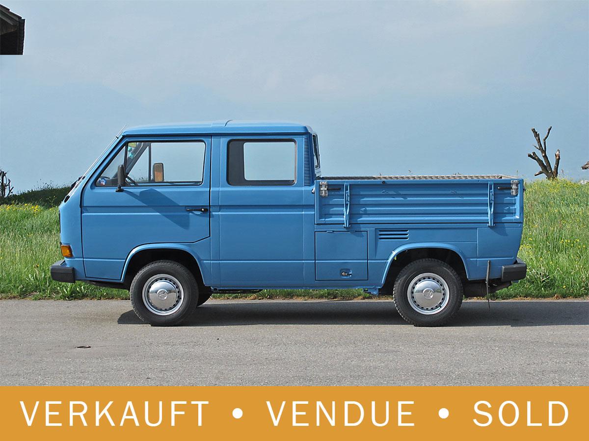 VW Bus T3 Doka blau 1988