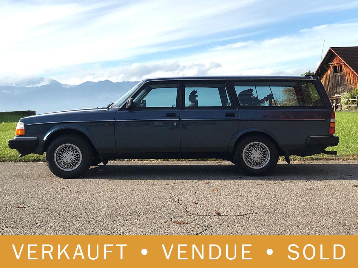 Volvo 240 Classic Kombi dunkelblau Automatic 1993