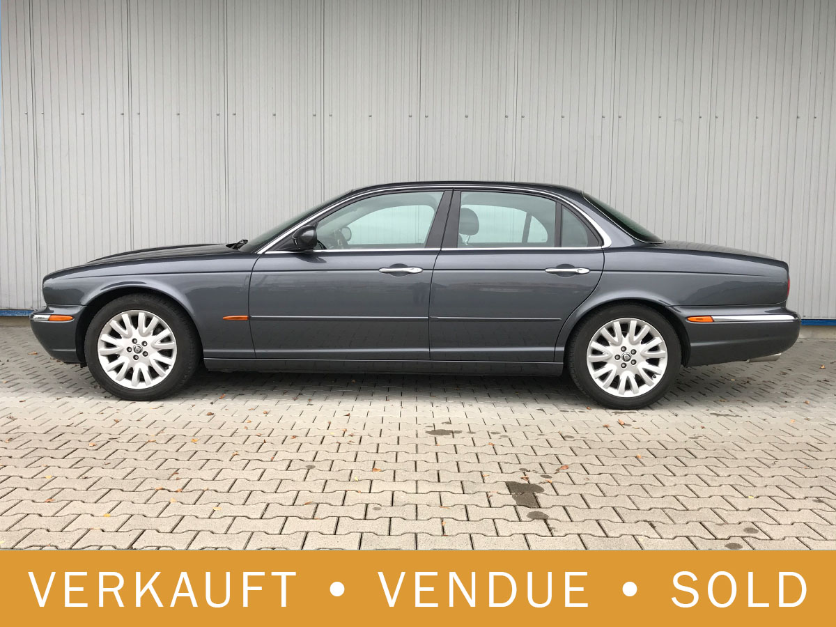 Jaguar XJ8 4.2 Executive grau 2004