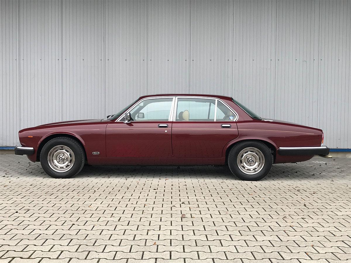 Jaguar XJ6 4.2 Litre Serie III bordeaux 1984