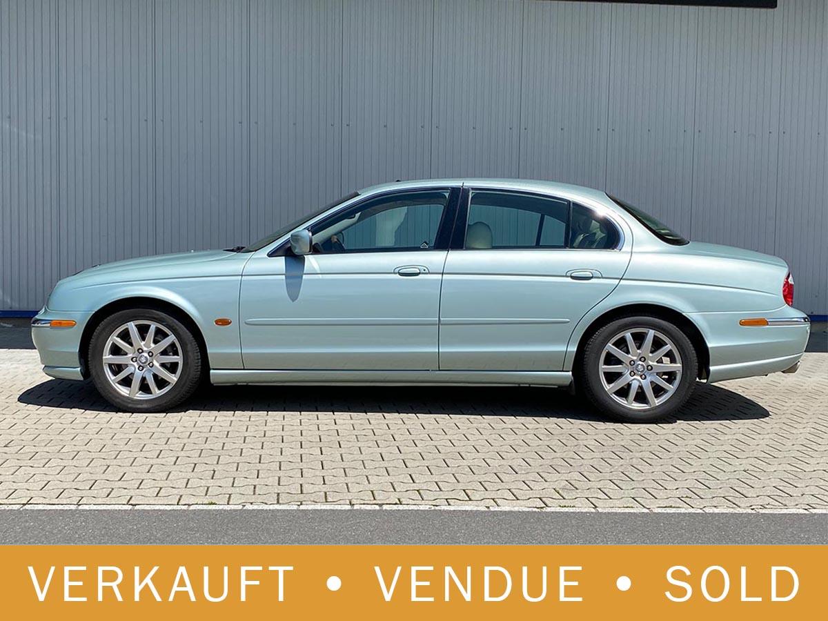 Jaguar S-Type 4.0 V8 hellgrün 2000