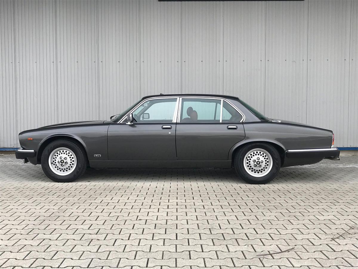 jaguar xj6 sovereign 4-2 liter serie III anthrazit 1986 0000 Ebene 15