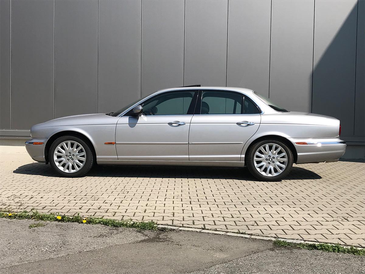 jaguar xj8 3.5 V8 Executive silber 2004 0000 1