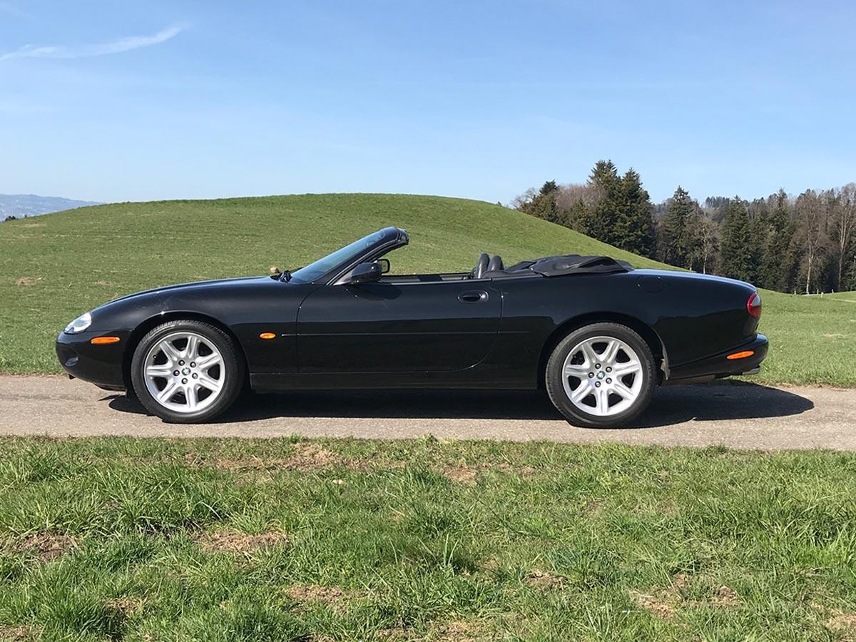 jaguar xk8 cabrio 4-0 schwarz schwarz 1997 0000 Ebene 15