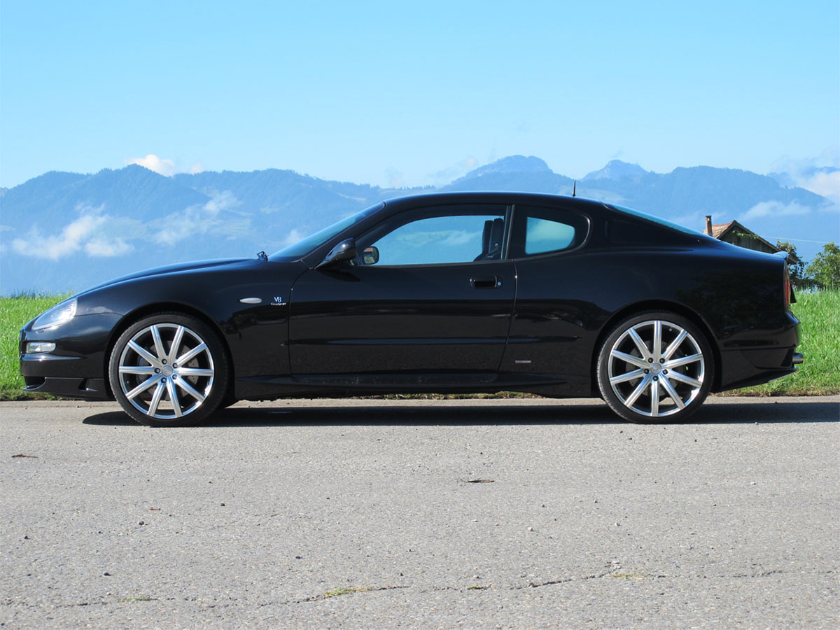 maserati grandsport v8 coupe schwarz 2007 1200x900 0000 1