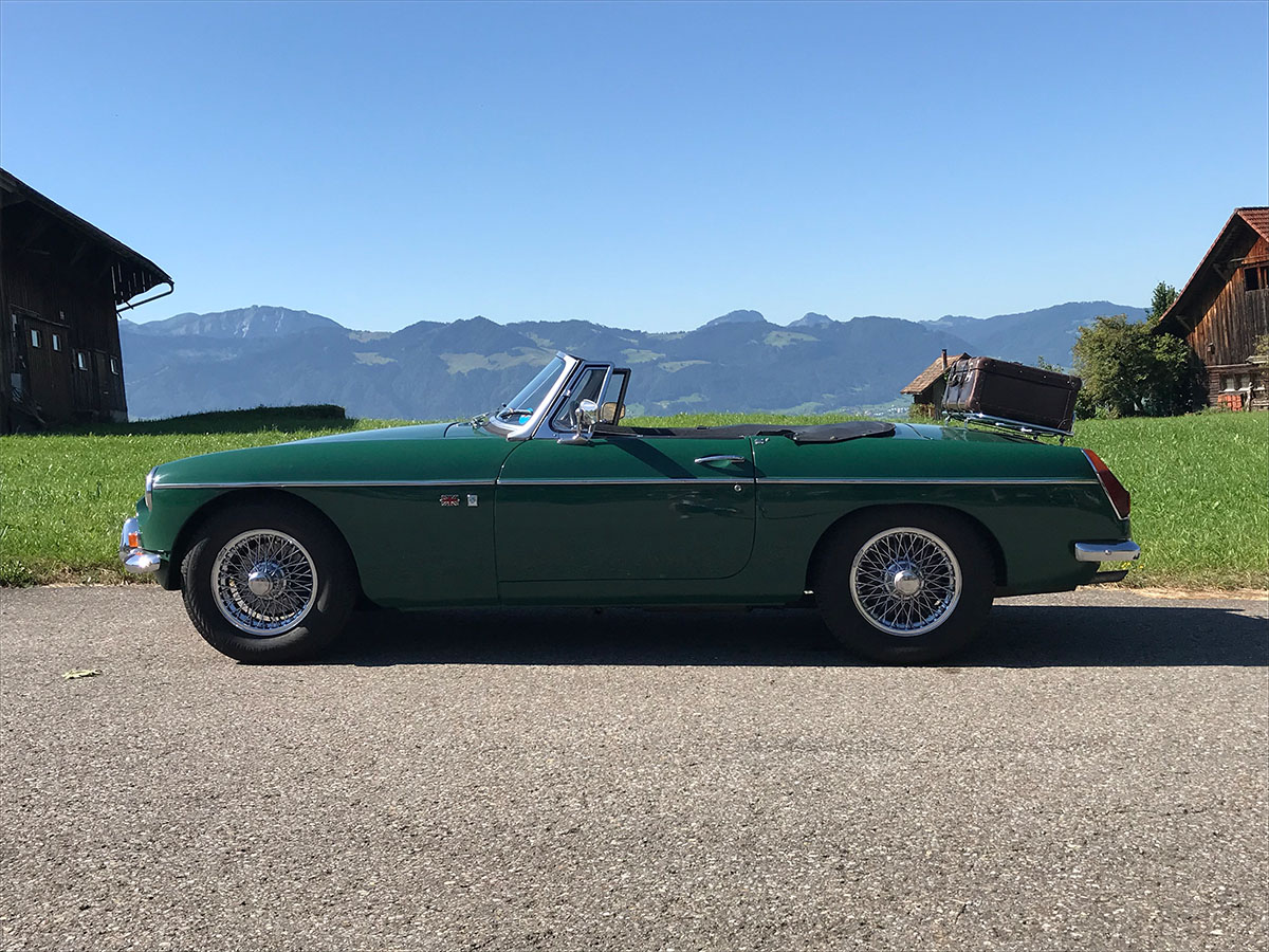 mg b roadster dunkelgruen 1972 0000 1