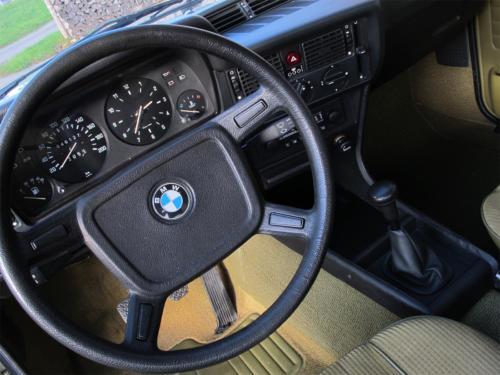 bmw 316 coupe e21 gruen 1980 1200x900 0012 13