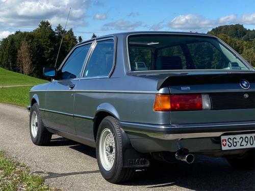 bmw 320 06 e21 coupe sd nauticblau 1982 0007 IMG 8