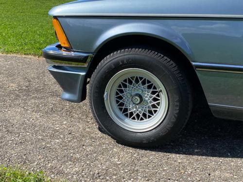 bmw 320 06 e21 coupe sd nauticblau 1982 0009 IMG 10