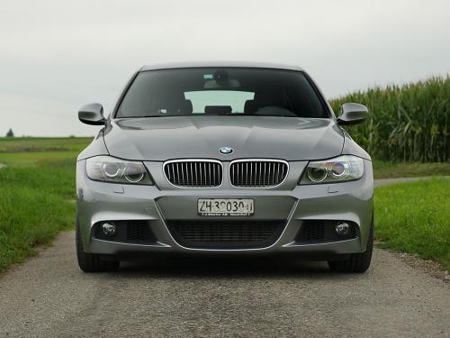 bmw 335i touring graumet 2011 1200x900 0002 3