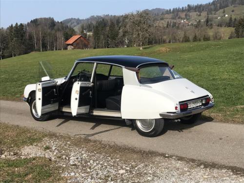 citroen d super limousine weiss 1973 0004 Ebene 11