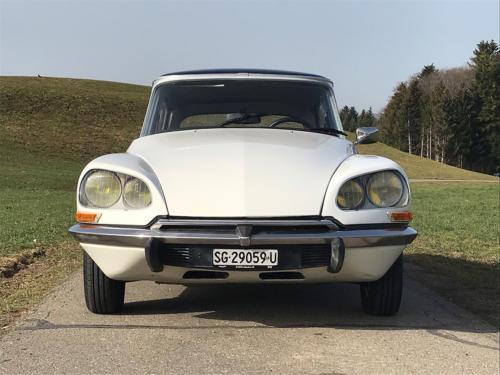 citroen d super limousine weiss 1973 0005 Ebene 10
