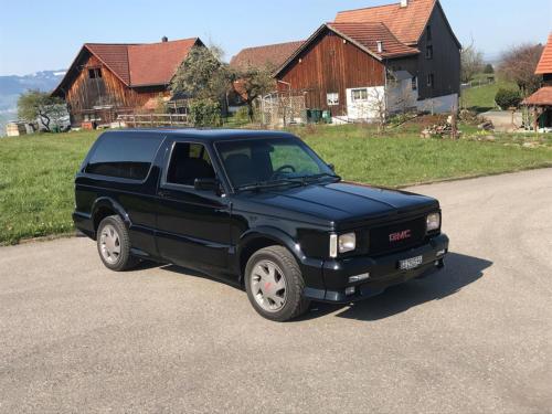 gmc typhoon v6 4-3 liter turbo schwarz 1995 0002 IMG 3
