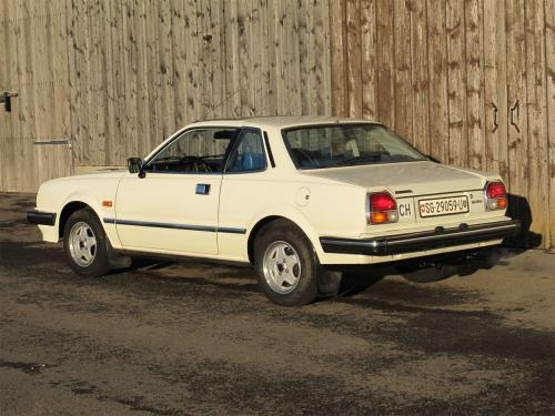 honda prelude 1-6 coupe weiss 1981 1200x900 0003 4