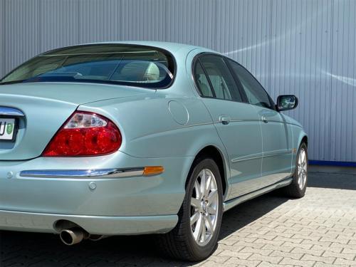 jaguar s type 4 0 v8 hellgruen 2000 0007 IMG 8