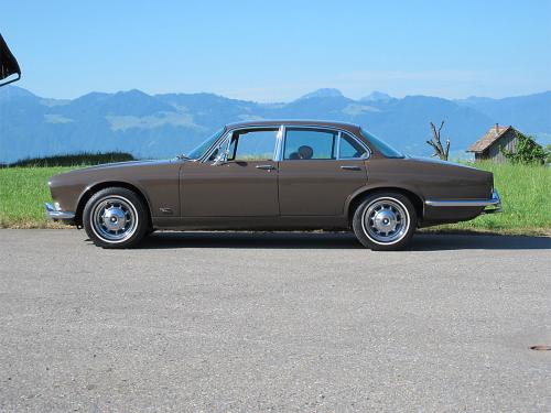 jaguar xj12 serie 1 braun 1973 1200x900 0000 1
