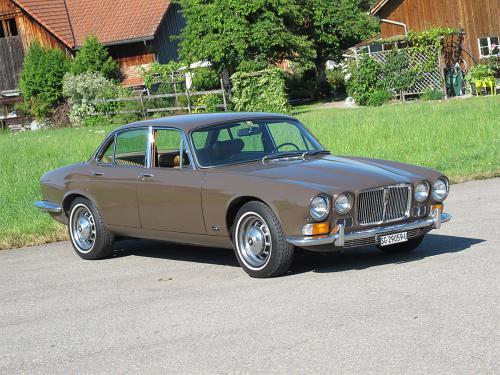 jaguar xj12 serie 1 braun 1973 1200x900 0002 3