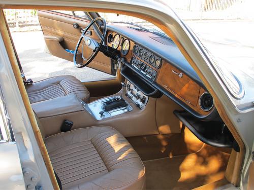 jaguar xj6 2-8 serie 1 beige 1971 1200x900 0006 7