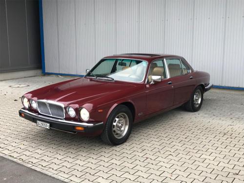 jaguar xj6 4-2 serie3 bordeaux 1984 0001 Ebene 14