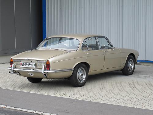 jaguar xj6 serie 1 2.8 manual beige 1969 1200x900 0002 3