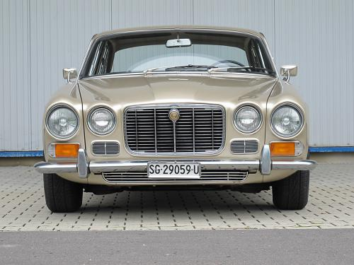 jaguar xj6 serie 1 2.8 manual beige 1969 1200x900 0003 4