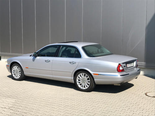 jaguar xj8 3.5 V8 Executive silber 2004 0003 4