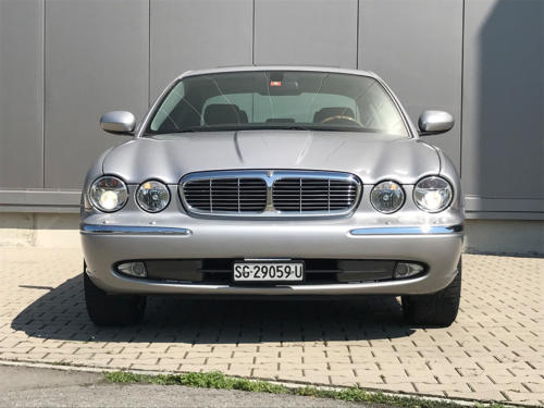 jaguar xj8 3.5 V8 Executive silber 2004 0004 5