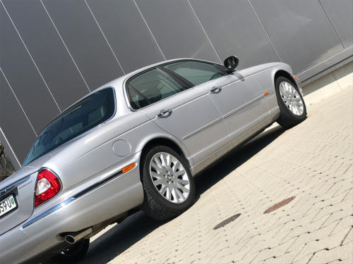 jaguar xj8 3.5 V8 Executive silber 2004 0008 9