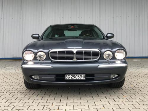 jaguar xj8 4-2 executive grau 2004 0004 5