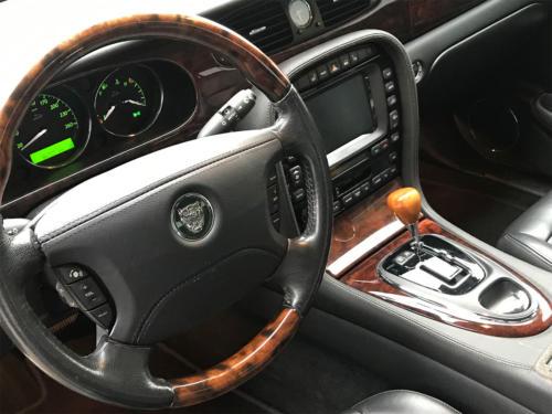 jaguar xj8 4-2 executive grau 2004 0012 13