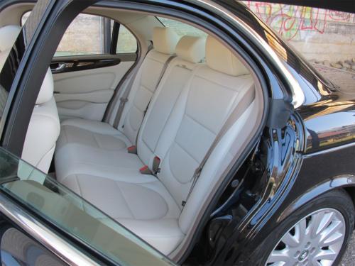 jaguar xj8 4-2 schwarz 2003 1200x900 0008 9