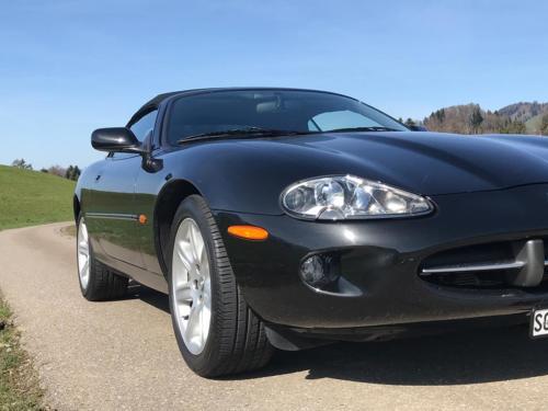 jaguar xk8 cabrio 4-0 schwarz schwarz 1997 0004 Ebene 11