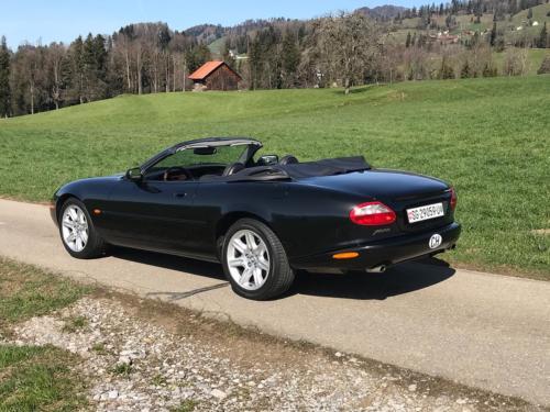 jaguar xk8 cabrio 4-0 schwarz schwarz 1997 0005 Ebene 10