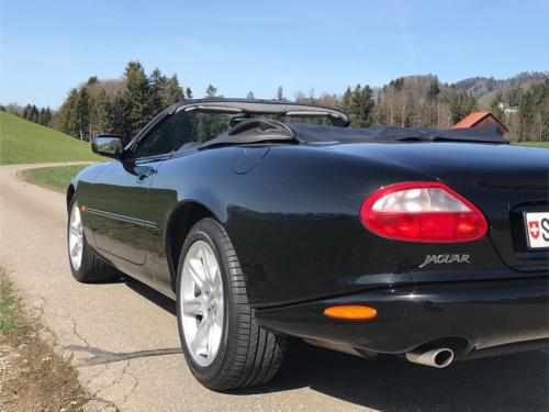 jaguar xk8 cabrio 4-0 schwarz schwarz 1997 0006 Ebene 9