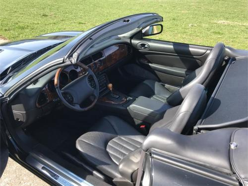 jaguar xk8 cabrio 4-0 schwarz schwarz 1997 0010 Ebene 5