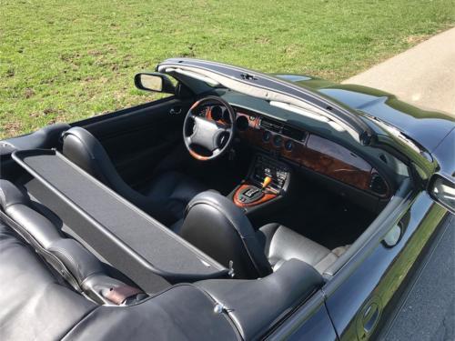 jaguar xk8 cabrio 4-0 schwarz schwarz 1997 0011 Ebene 4