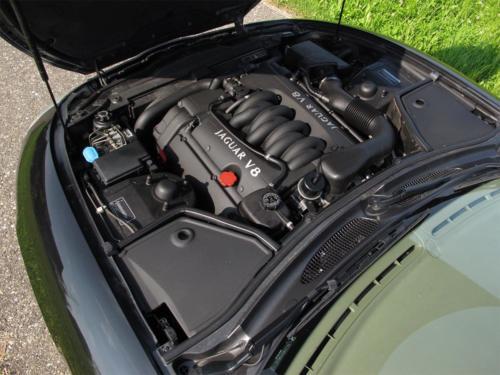 jaguar xk8 cabrio 4-0 schwarz schwarz 1997 0013 Ebene 2