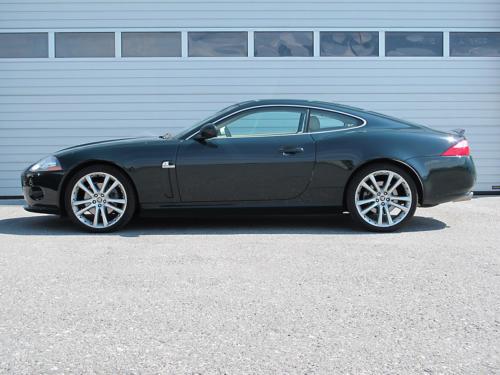 jaguar xk8 coupe 4-2 dunkelgruen 2006 1200x900 0000 1
