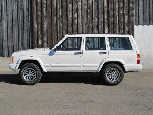 jeep cherokee 4-0 ltd weiss 1997 1200x900 0000 1