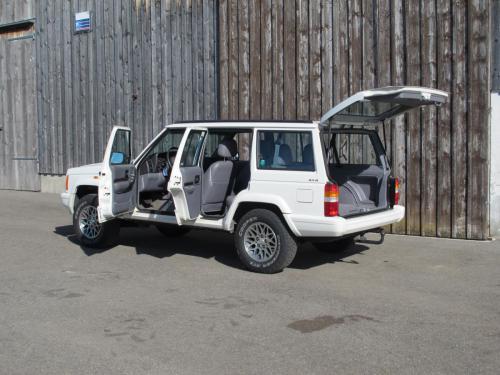jeep cherokee 4-0 ltd weiss 1997 1200x900 0003 4