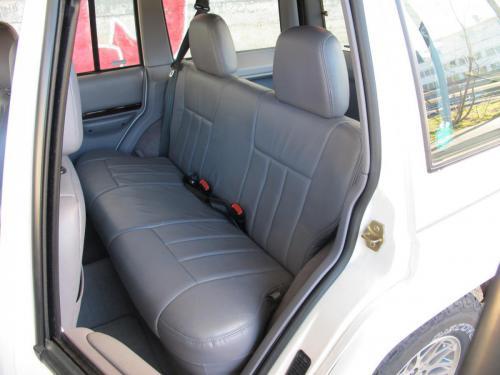 jeep cherokee 4-0 ltd weiss 1997 1200x900 0008 9