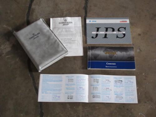 jeep cherokee 4-0 ltd weiss 1997 1200x900 0010 11