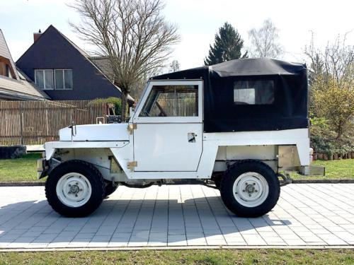land rover lightweight military 88 III weiss 1976 0000 1