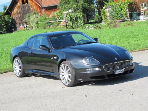 maserati grandsport v8 coupe schwarz 2007 1200x900 0002 3